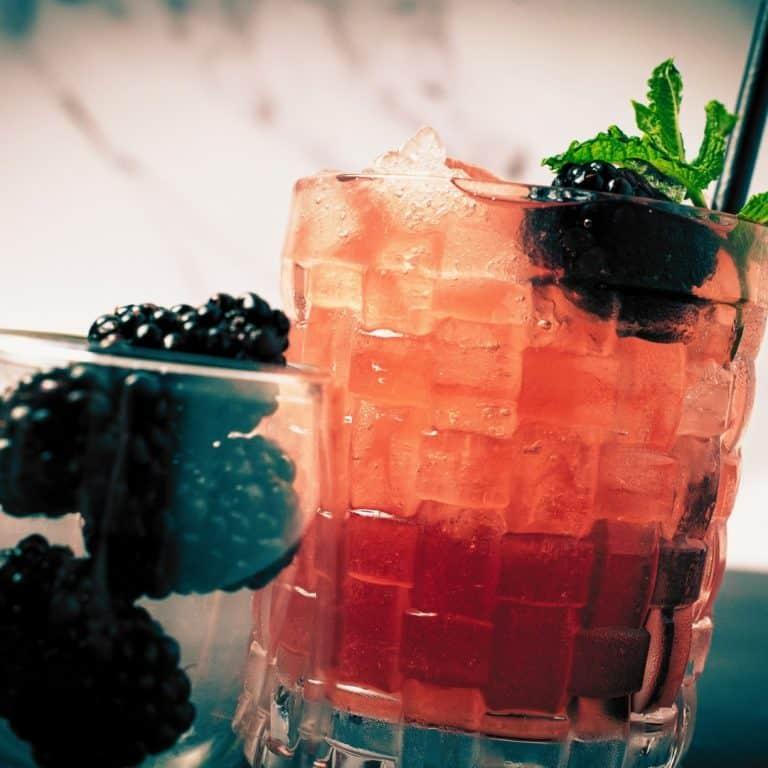 Lu Ban cocktail with blackberries
